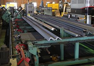 6mまでの形鋼の加工に対応