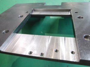 検査装置 カバー 機械加工 SS400材1