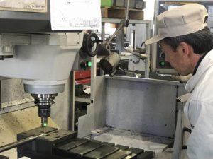 機械加工との組み合わせによる、形状と精度の実現